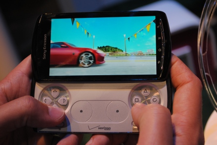 xperia play gaming 1