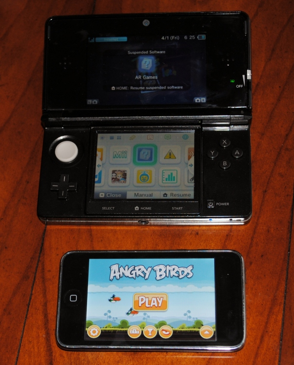 nintendo 3ds vs ipod touch