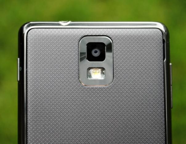 infuse 4g back camera