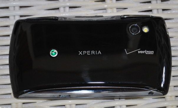 xperia play back