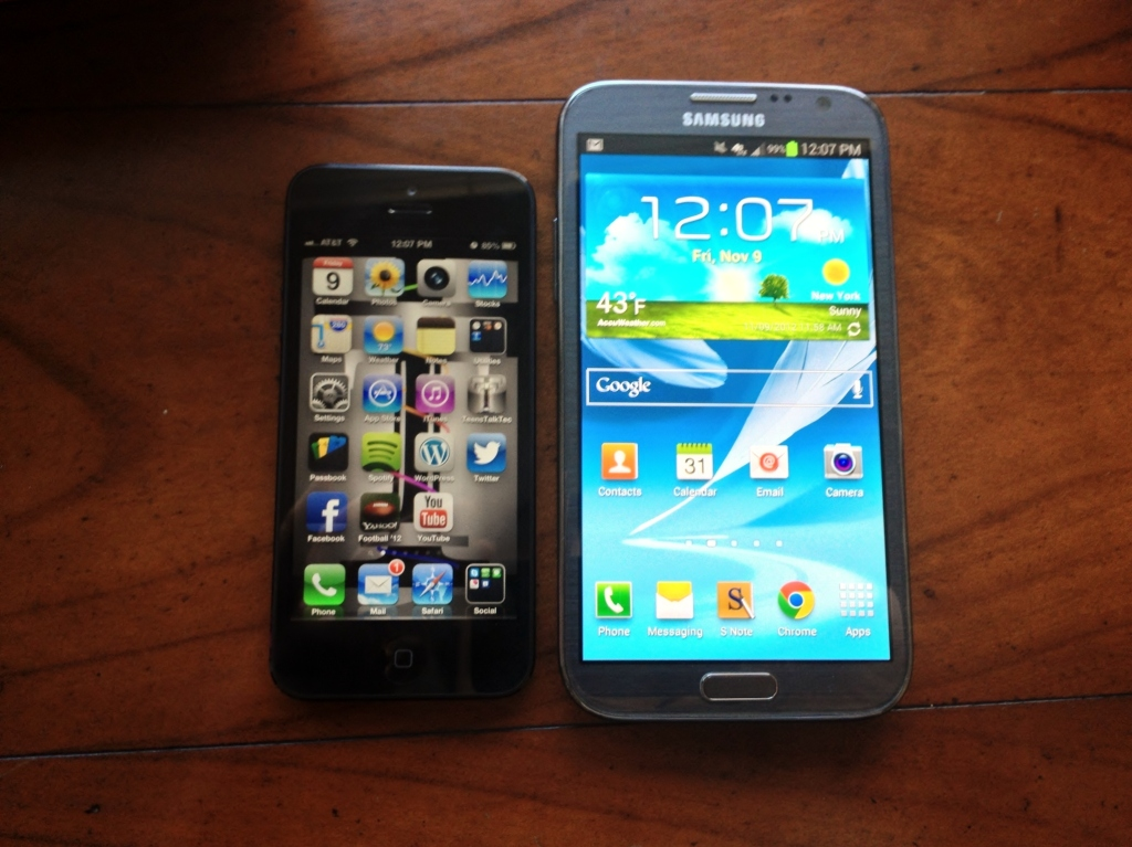 galaxy note 2 iphone 5 side by side